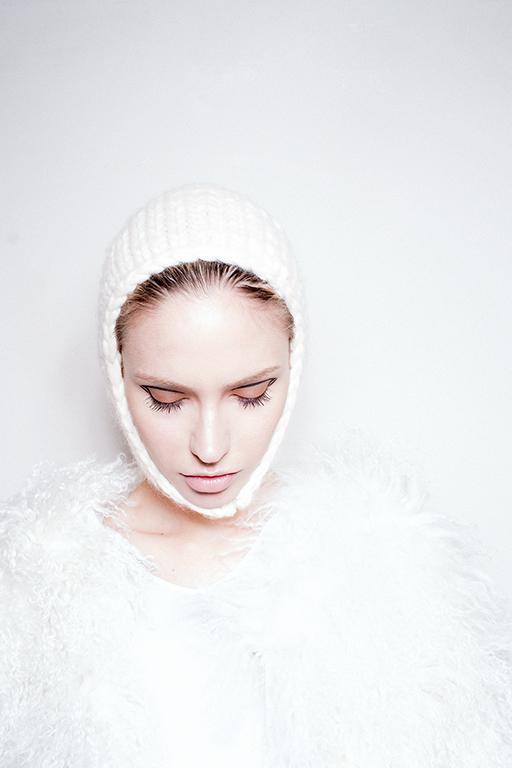 White Hat 0010 Image 1