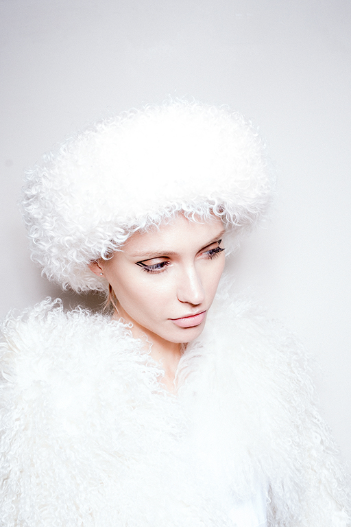 White Hat 0011 image 1
