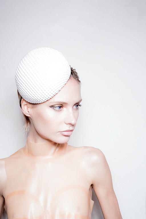 White Hat 0014 image 1