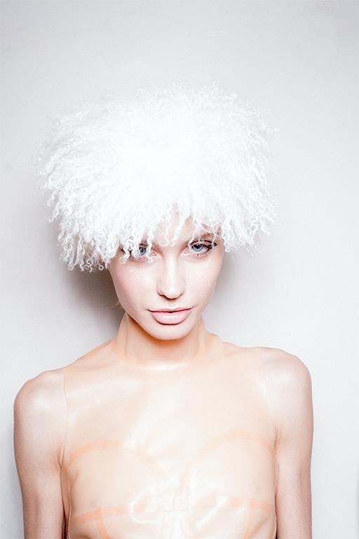 White Hat 0016 image 2