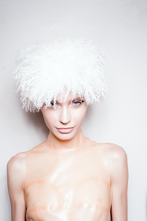 White Hat 0016 image 3