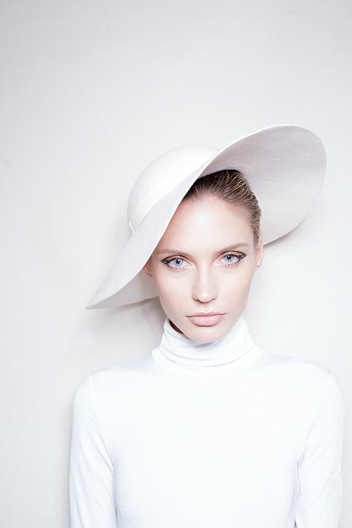 White Hat 004 image 4