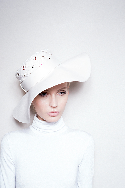 White Hat 005 image 3
